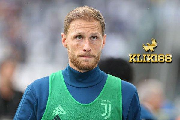 Juventus Kabarkan Howedes Alami Cedera Lagi Saat Latihan