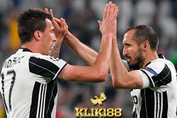 Juventus Konfirmasi Chellini dan Mandzukic Absen Lawan Barcelona