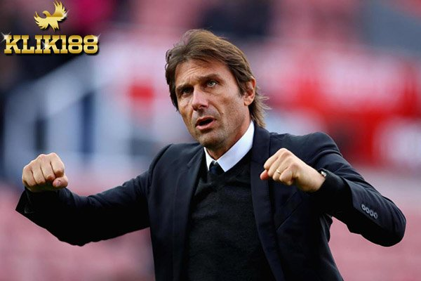 Legenda Arsenal Kritik Conte Soal Keluhannya Mengenai Jadwal Padat