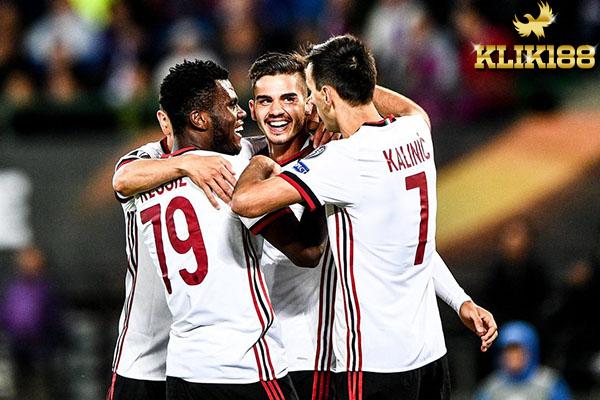 Lima Gol AC Milan Permalukan Tuan Rumah Austria Vienna