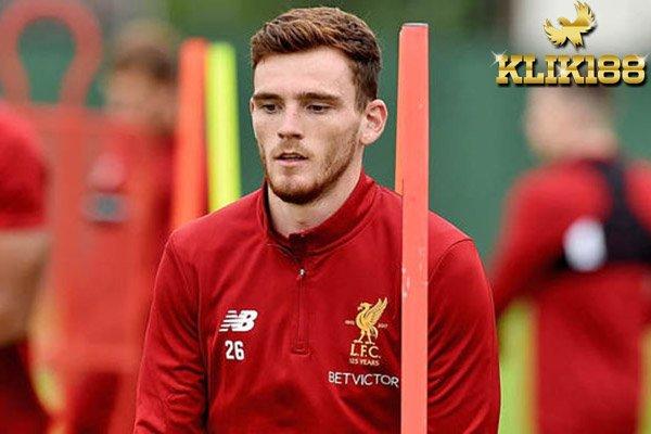 Robertson Akui Tak Senang Hanya di Bangku Cadangan Liverpool