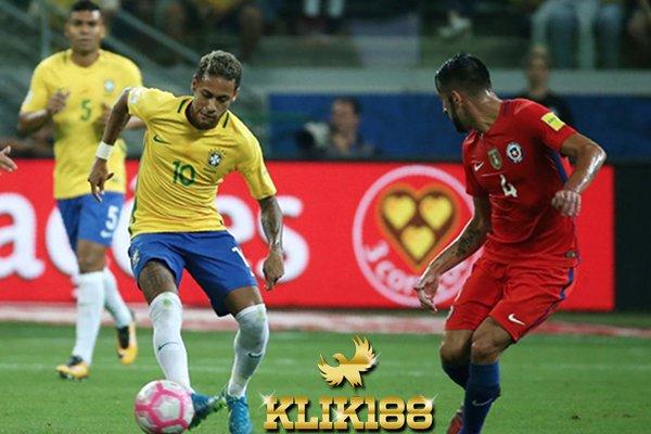 Brasil Kokoh di Puncak Klasemen Dengan Tiga Gol Atas Chile