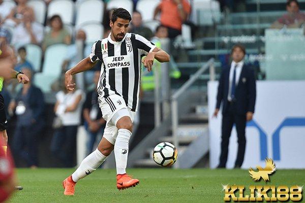 Khedira Peringatkan Juventus Untuk Bermain Sabar Kontra Sporting CP