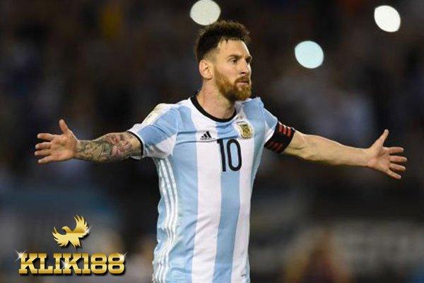 Messi Berhasil Bungkam Kritikan Seorang Jurnalis Terhadap Dirinya