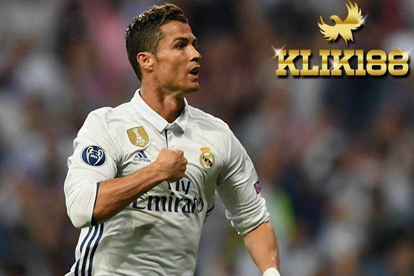 Menjelang Laga El Clasico Ronaldo Malah Absen Latihan