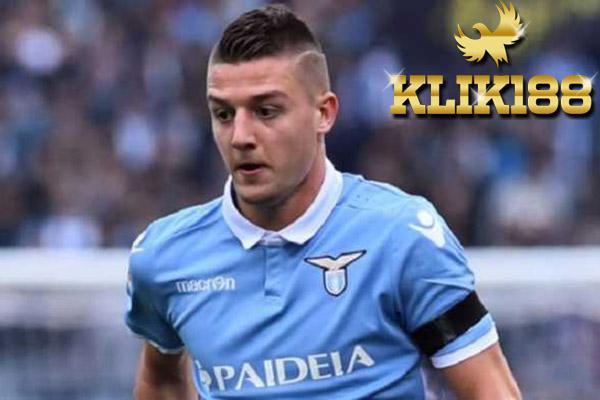 Man United dan PSG Berebut Gelandang Termahal Liga Italia