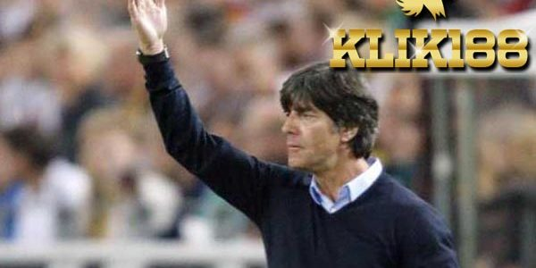 Pelatih Jerman Joachim Low Tutup Pintu Bagi Real Madrid